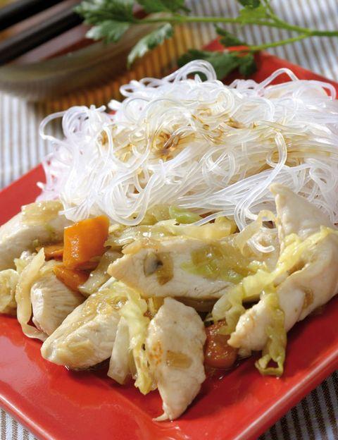 Food, Cuisine, Ingredient, Dish, Dishware, Tableware, Recipe, Kitchen utensil, Cellophane noodles, Plate,