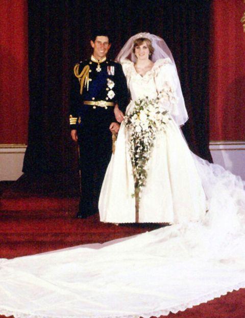 Dress, Trousers, Bridal clothing, Coat, Textile, Photograph, Gown, Outerwear, Formal wear, Bride,