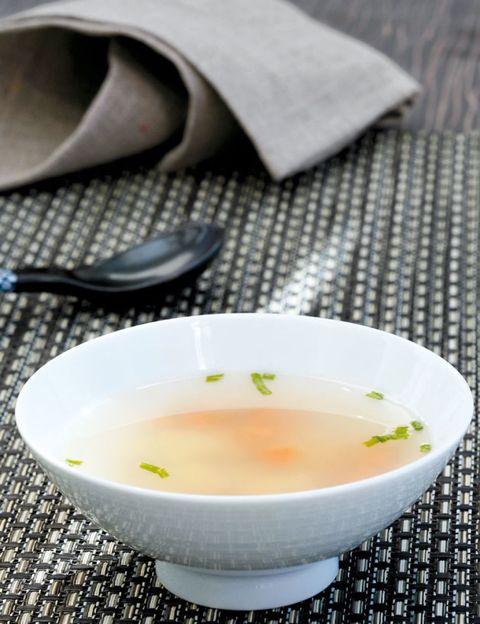 Liquid, Dishware, Ingredient, Cuisine, Serveware, White, Food, Tableware, Porcelain, Dish,