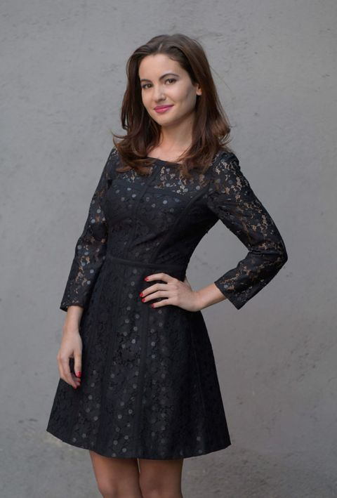 Clothing, Arm, Dress, Sleeve, Human body, Shoulder, Standing, Joint, Formal wear, One-piece garment,
