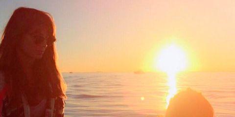 Mammal, Sunlight, Sunset, Sunrise, Summer, Amber, Horizon, Sun, Long hair, Beauty,