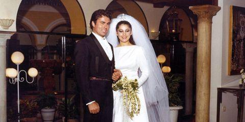 Clothing, Bridal veil, Trousers, Bridal clothing, Coat, Dress, Flowerpot, Veil, Photograph, Suit,