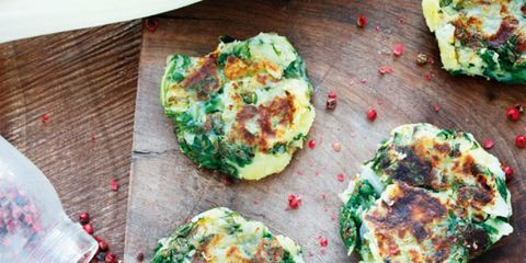 Green, Food, Cuisine, Plate, Dish, Finger food, Ingredient, Recipe, Snack, Dishware,