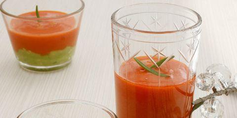 Liquid, Vegetable juice, Ingredient, Juice, Drink, Tableware, Produce, Peach, Coquelicot, Kitchen utensil,