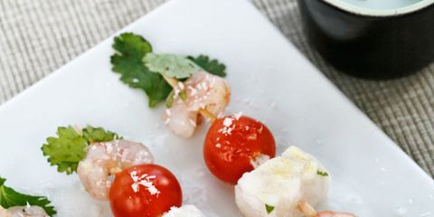 Food, Ingredient, Cuisine, Dishware, Fruit, Produce, Finger food, Serveware, Dish, Garnish,