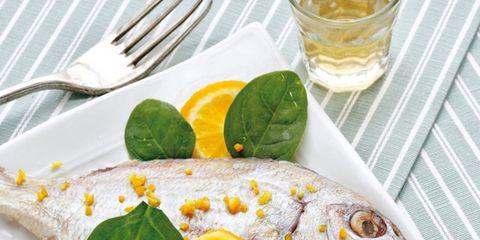 Serveware, Dishware, Citrus, Tableware, Food, Fruit, Tangerine, Drinkware, Orange, Drink,