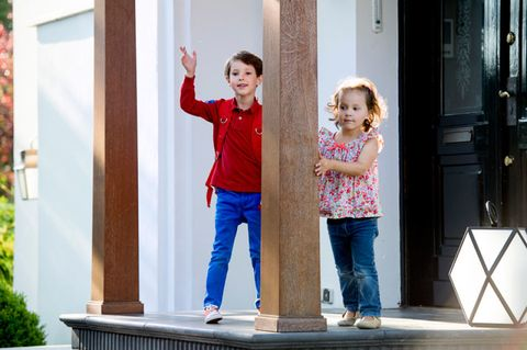 Trousers, Denim, Jeans, Standing, Child, Toddler, Door, Gesture, Holding hands, Playing with kids,