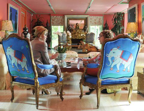 Lighting, Interior design, Interior design, Majorelle blue, Paint, Picture frame, Houseplant, Creative arts, Living room, Lamp,