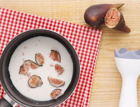Food, Ingredient, Dishware, Dish, Tableware, Serveware, Kitchen utensil, Recipe, Cuisine, Chestnut,