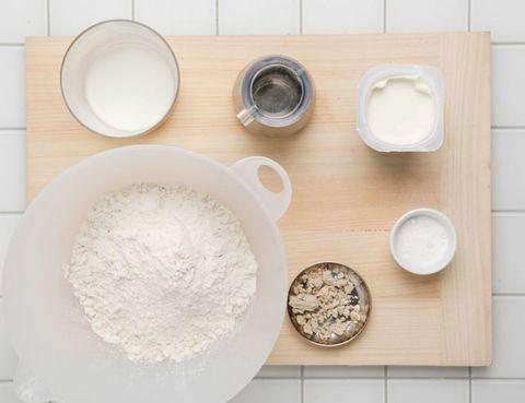 Product, Dishware, Ingredient, Flour, Powder, All-purpose flour, Serveware, Bread flour, Corn starch, Porcelain,