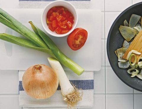 Food, Produce, Ingredient, Whole food, Root vegetable, Vegetable, Vegan nutrition, Natural foods, Bowl, Local food,