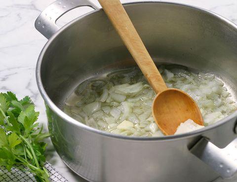 Fluid, Ingredient, Cookware and bakeware, Cooking, Recipe, Herb, Kitchen utensil, Saucepan, Mixing bowl, Frying pan,