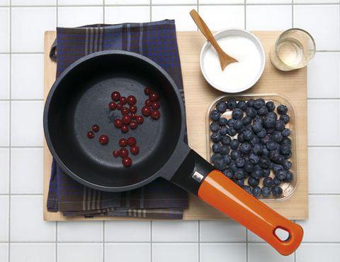 Ingredient, Cookware and bakeware, Kitchen utensil, Frying pan, Drink, Spoon, Breakfast, Bowl, Sauté pan, Tile,