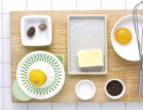 Ingredient, Food, Dishware, Serveware, Tableware, Cuisine, Breakfast, Sweetness, Dish, Plate,