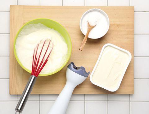 Dishware, Kitchen utensil, Tableware, Cutlery, Ingredient, Whisk, Serveware, Plate, Spoon, Fork,
