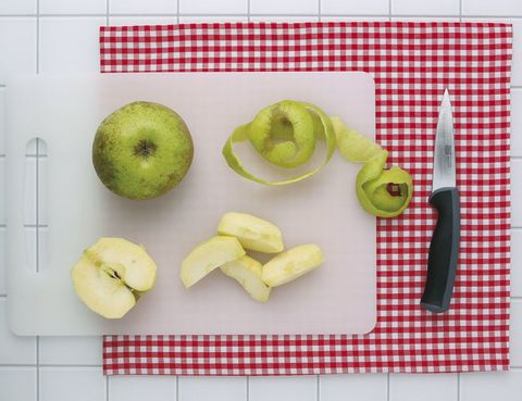 Food, Fruit, Produce, Granny smith, Natural foods, Vegan nutrition, Apple, Dishware, Whole food, Ingredient,