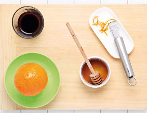 Serveware, Dishware, Ingredient, Tableware, Orange, Peach, Kitchen utensil, Paint, Bowl, Wood stain,