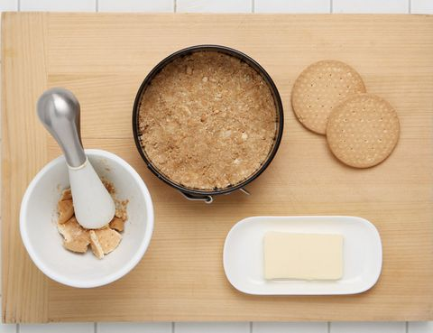 Food, Ingredient, Dishware, Serveware, Kitchen utensil, Cuisine, Bowl, Meal, Spoon, Powder,