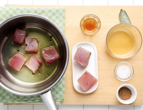 Ingredient, Serveware, Dishware, Meal, Breakfast, Tableware, Peach, Animal product, Dish, Animal fat,