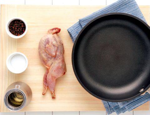 Dishware, Tableware, Plate, Meal, Loudspeaker, Breakfast, Animal product, Ingredient, Dish, Serveware,