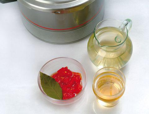 Fluid, Liquid, Ingredient, Drink, Fruit preserve, Roe, Rum, Serveware, Condiment, Oil,