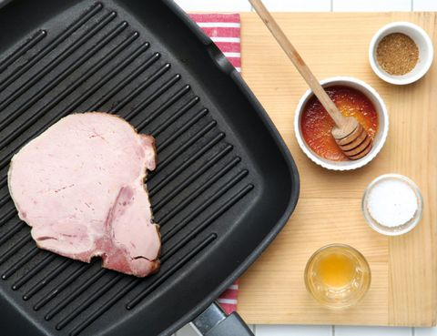Serveware, Food, Ingredient, Drinkware, Barbecue grill, Cuisine, Tableware, Cooking, Cup, Drink,