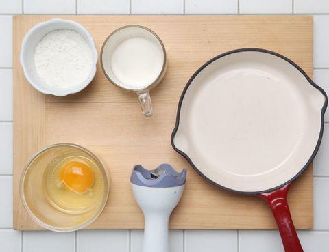 Dishware, Cookware and bakeware, Kitchen utensil, Serveware, Circle, Dairy, Plastic, Cutlery, Frying pan, Porcelain,