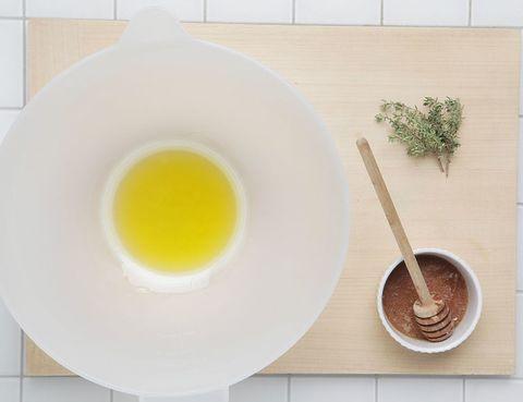 Serveware, Egg yolk, Dishware, Ingredient, Kitchen utensil, Egg white, Egg, Breakfast, Spoon, Porcelain,