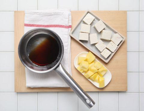 Ingredient, Cuisine, Kitchen utensil, Rectangle, Tile, Condiment, Oil, Bowl, Hoisin sauce, Kitchen knife,