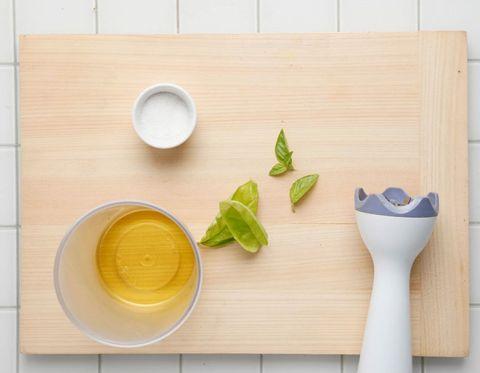 Wood, Serveware, Dishware, Ingredient, Food, Kitchen utensil, Tableware, Cutting board, Produce, Lemon,