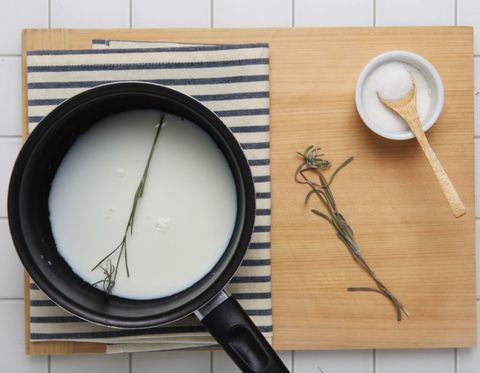 Dishware, Serveware, Kitchen utensil, Tableware, Spoon, Cutlery, Porcelain, Ingredient, Circle, Cookware and bakeware,