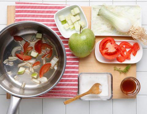 Food, Dishware, Produce, Vegan nutrition, Ingredient, Tableware, Natural foods, Vegetable, Fruit, Whole food,