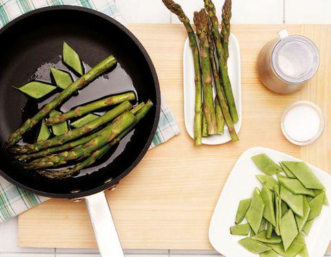 Food, Green, Produce, Vegetable, Ingredient, Dishware, Leaf, Whole food, Natural foods, Leaf vegetable,