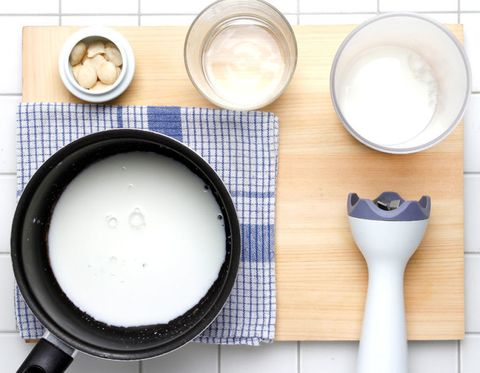 Dishware, Serveware, Ingredient, Kitchen utensil, Cuisine, Cookware and bakeware, Chemical compound, Dairy, Brush, Porcelain,