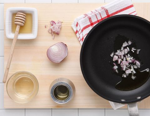 Wood, Dishware, Cookware and bakeware, Hardwood, Home accessories, Plate, Kitchen utensil, Baked goods, Household supply, Finger food,