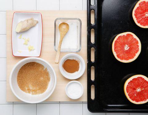 Food, Ingredient, Citrus, Fruit, Seedless fruit, Produce, Serveware, Tableware, Grapefruit, Meal,