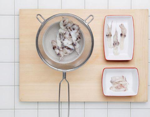Carnivore, Dishware, Tile, Serveware, Recipe, Kitchen utensil, Tile flooring,