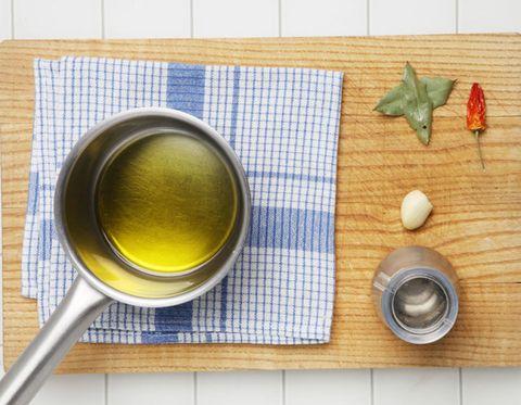 Serveware, Tableware, Dishware, Ingredient, Drink, Kitchen utensil, Home accessories, Cutlery, Flowering plant, Spoon,