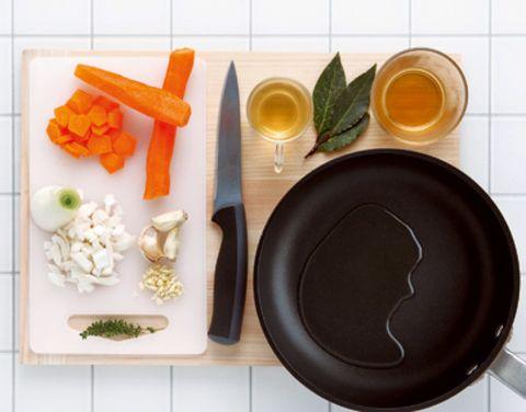 Carrot, Food, Baby carrot, Dishware, Root vegetable, Ingredient, Serveware, Produce, Vegetable, Vegan nutrition,