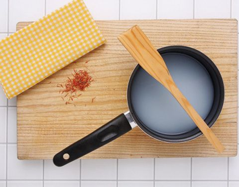 Product, Wood, Kitchen utensil, Stationery, Magnifier, Brush, Tool, Peach, Ingredient, Office instrument,
