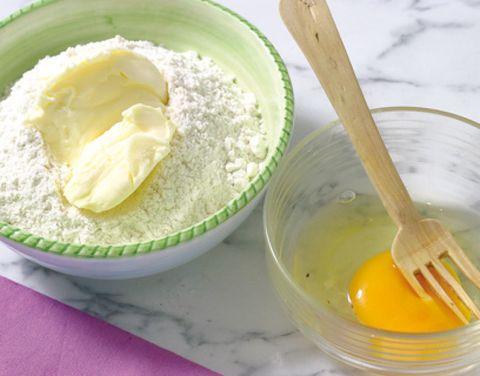 Yellow, Ingredient, Food, Kitchen utensil, Flour, Bowl, Mixing bowl, Spoon, Mascarpone, Powder,