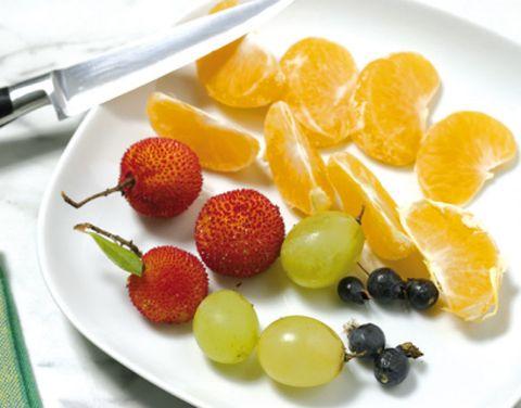 Food, Fruit, Natural foods, Ingredient, Citrus, Produce, Dishware, Seedless fruit, Tableware, Serveware,