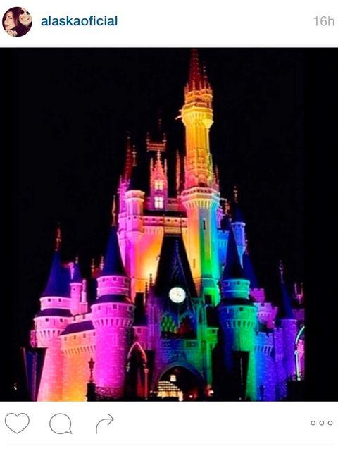 Walt disney world, Spire, Purple, Pink, Landmark, Magenta, Colorfulness, Violet, World, Castle,