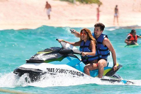 Fun, Watercraft, Recreation, Water, Leisure, Personal water craft, Comfort, Summer, Jet ski, Outdoor recreation,