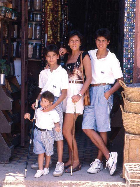 Carmina Ordóñez con sus tres hijos