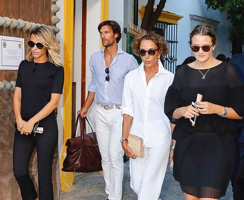 Clothing, Eyewear, Vision care, Glasses, Trousers, Sunglasses, Bag, Fashion accessory, Outerwear, White,