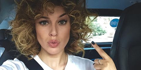 Finger, Hairstyle, Eyebrow, Vehicle door, Eyelash, Selfie, Door, Car seat, Makeover, Head restraint,