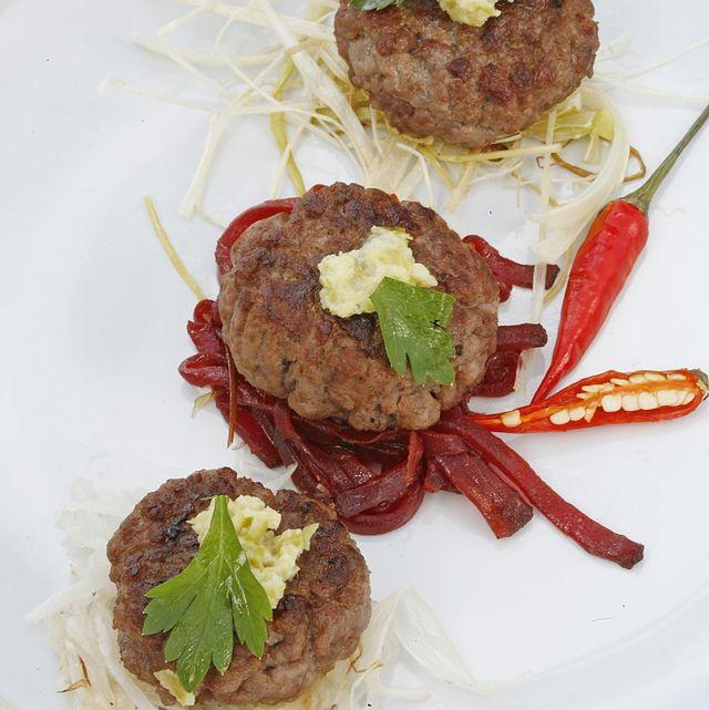 mini hamburguesas con wasabi de guindillas verdes