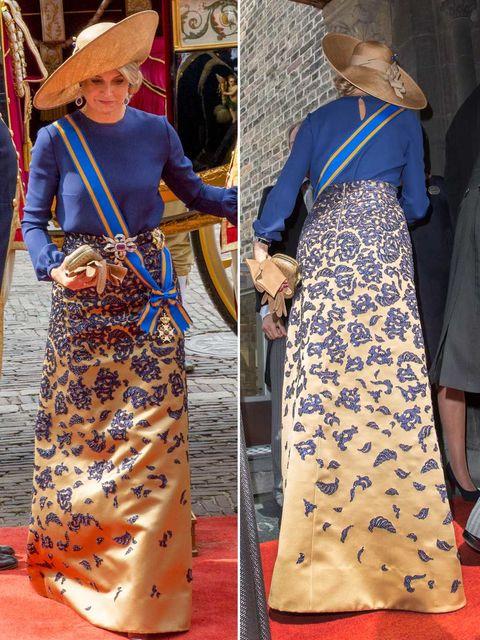 Sleeve, Textile, Hat, Style, Headgear, Bag, Fashion, Orange, Street fashion, Vintage clothing,