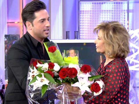 Bouquet, Petal, Flower, Red, Floristry, Interior design, Cut flowers, Flower Arranging, Rose family, Interior design,